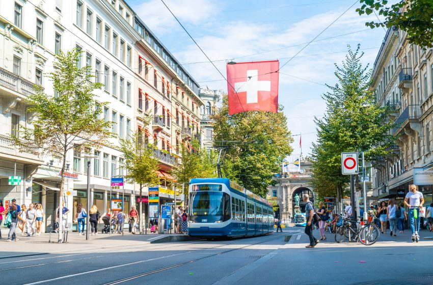 Zurich | The Tourist's Paradise city