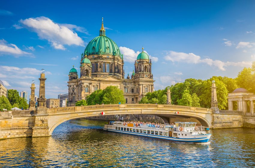 Berlin | 10 Famous Places To Visit