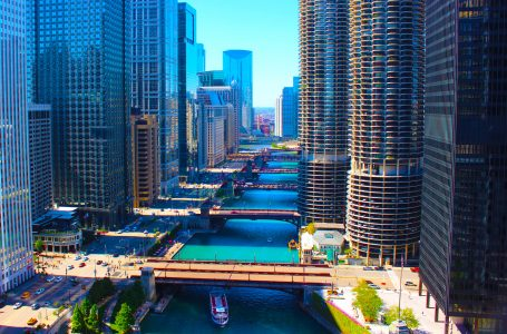 Chicago | Best city along banks of Michigan